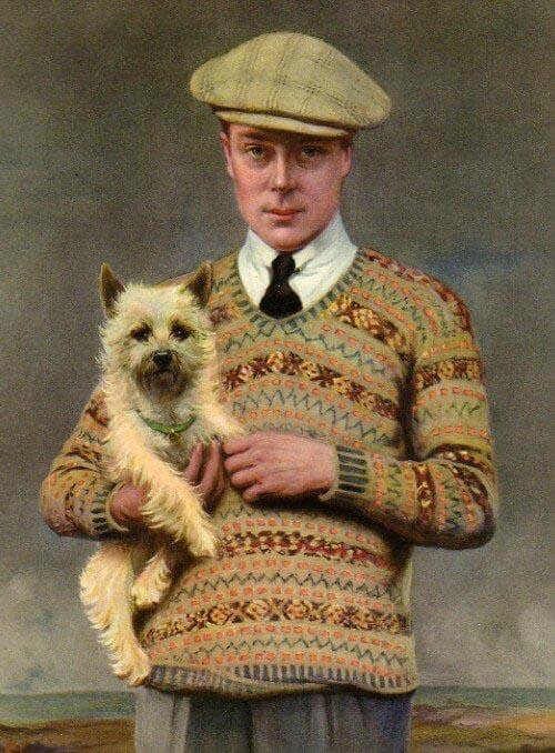 Hoàng tử xứ Wales tạo nên cơn sốt áo sweater